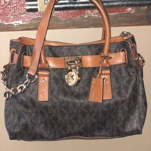 Michael Kors purse w/ matching wallet